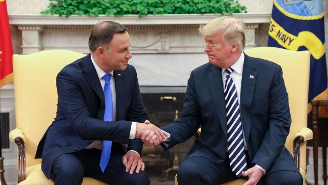 """Szybkie spotkanie Dudy i Trumpa. Szereg tematów do omówienia i """"sondowanie"""" Polski"""