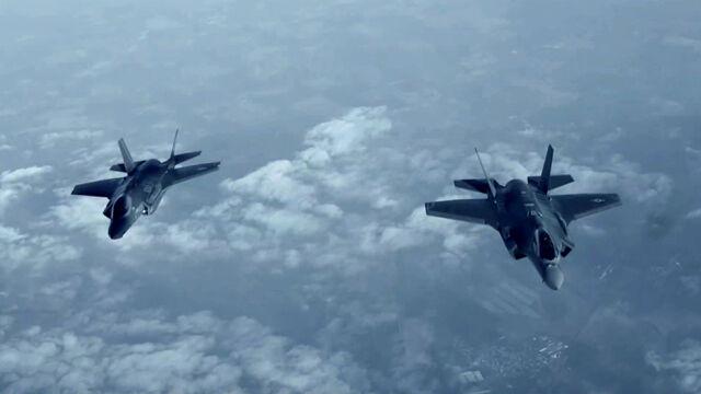 Tak prezentują się amerykańskie F-35 nad Europą