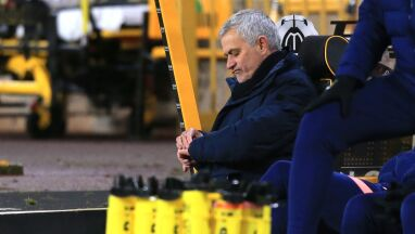 Kolejny mecz odwołany, Mourinho kpi.