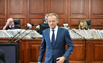 Tusk o swojej wizycie 7 kwietnia 2010 roku i wizycie prezydenta Lecha Kaczyńskiego trzy dni później