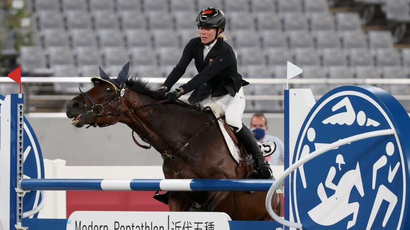 Koń uderzony w trakcie zawodów. Jest apel o wykreślenie jeździectwa z programu igrzysk