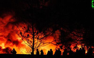 Pożar hali sortowni śmieci we Wrocławiu