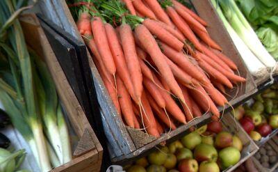 Koniec marnowania żywności przez duże sklepy? Ustawa możliwa w kwietniu