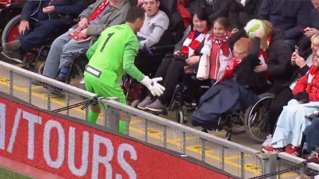 Piękny gest Jerzego Dudka w meczu legend