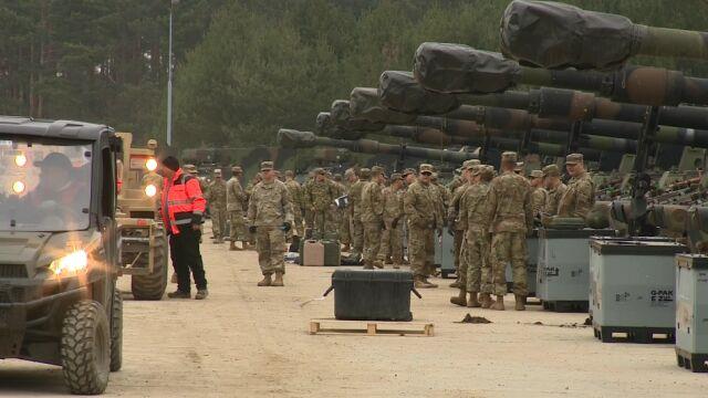 Żołnierze z Teksasu, sprzęt z Holandii.