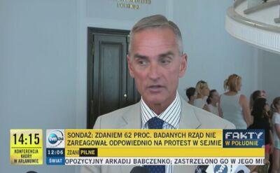 """Senator PiS komentuje sondaż dla """"Faktów"""" TVN i TVN24"""