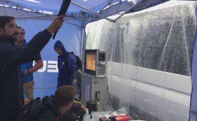 Deszcz i grad zaskoczył również dziennikarzy podczas Vuelta a Espana