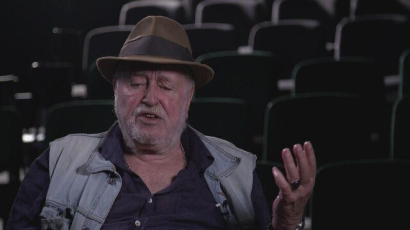 Jan Nowicki: papieros nigdzie tak nie smakuje, jak kiedy siedzę nad grobem