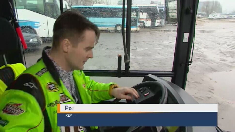 Kupił autobus, zamienił go w lokal dla bezdomnych. Z potrzeby pomagania