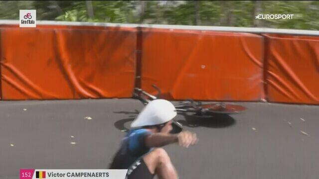 Kraksa Victora Campenaertsa na 1. etapie Giro d'Italia