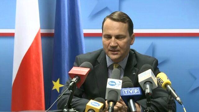 Sikorski: UE rozważa sankcje finansowe i wizowe wobec Rosji