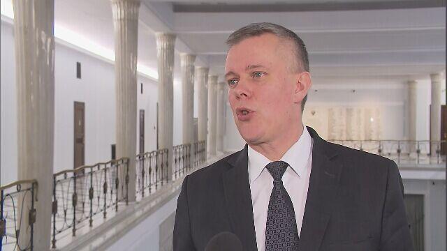 Siemoniak: nie mogę pojąć, dlaczego prokuratura nie przesłuchała premier Beaty Szydło