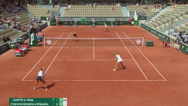 Magda Linette i Bernarda Pera awansowały do półfinału debla Roland Garros