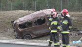 Bus dachował na autostradzie