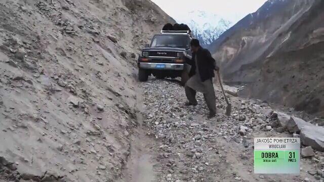 """Ekipa """"Faktów"""" TVN wróciła spod K2"""