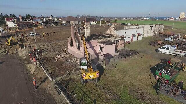 Wyburzają domy po wybuchu gazu w Murowanej Goślinie