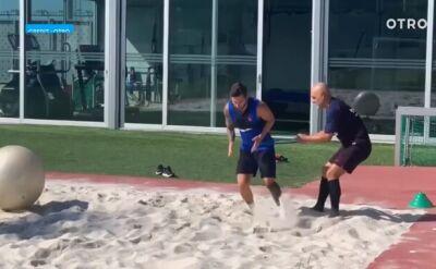 Messi trenował na piasku. Po kontuzji nie ma śladu