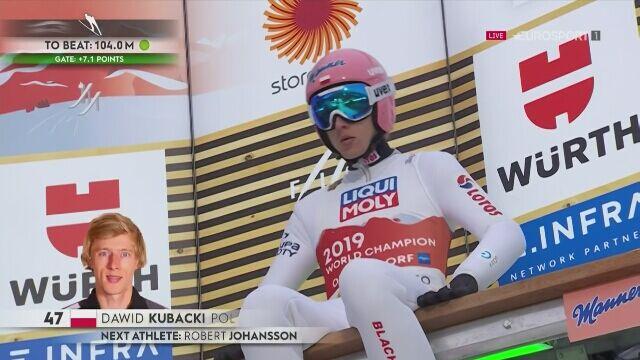 Skok Dawida Kubackiego w 1. serii konkursu MŚ na normalnej skoczni w Oberstdorfie