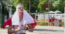 Tokio. Radość Dawida Tomali po zdobyciu olimpijskiego złota w chodzie sportowym