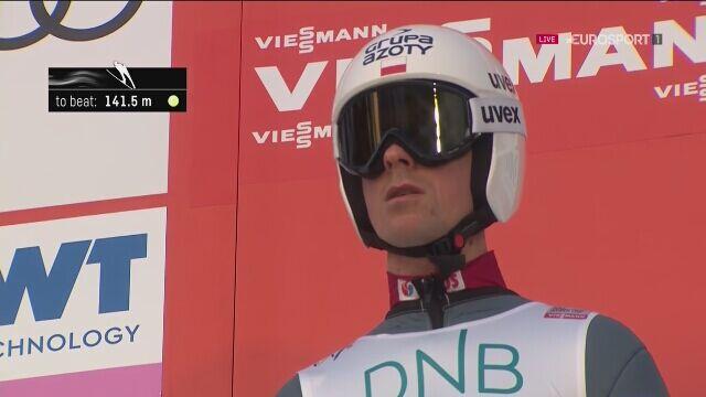 Skok Piotra Żyły z 1. serii konkursu w Lillehammer