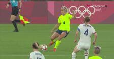 Piłka nożna kobiet. Szwecja-USA. Gol Szwedek na 3:0
