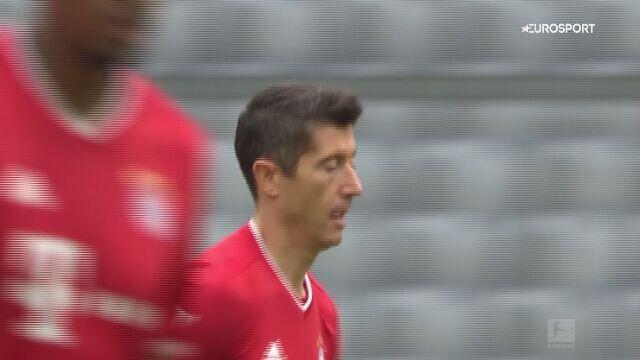 Skrót meczu Bayern - Eintracht w 5. kolejce Bundesligi