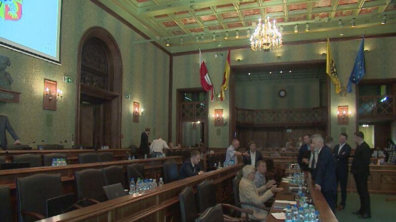 Głosowanie Rady Miasta Wrocławia w sprawie cofnięcia honorowego obywatelstwa miasta kardynałowi Gulbinowiczowi