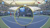 Uderzenie piłki przez Novaka Djokovicia w sędziego wyeliminowało Serba z US Open