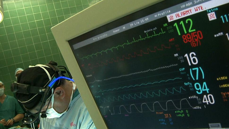 Ministerstwo zapowiada więcej pieniędzy dla szpitali. Lekarze: podwyżka powinna być wyższa