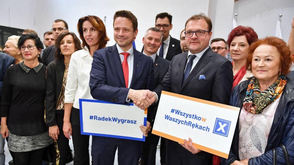PiS walczy o Radom, PO godzi się z Adamowiczem. Krajobraz przed drugą turą wyborów