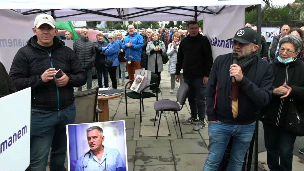 Prezydent Wałbrzycha zwolniony z pracy w szpitalu. Protest mieszkańców