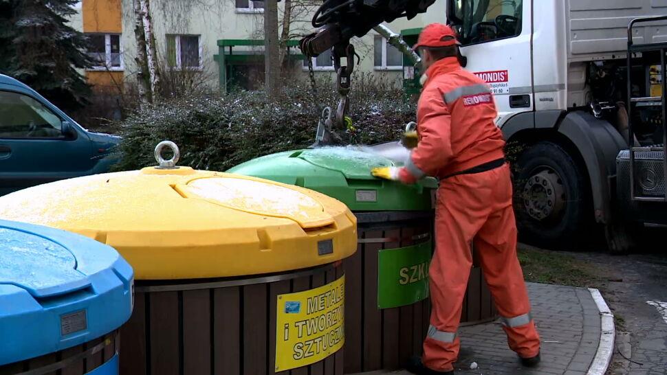 Od 1 stycznia wchodzi w życie jednolity system selekcji śmieci. Co trzeba wiedzieć?