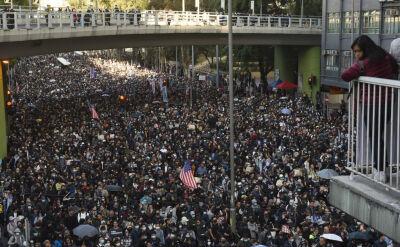 """""""Nadal będziemy walczyć o wolność i demokrację"""". Wielki marsz w Hongkongu"""