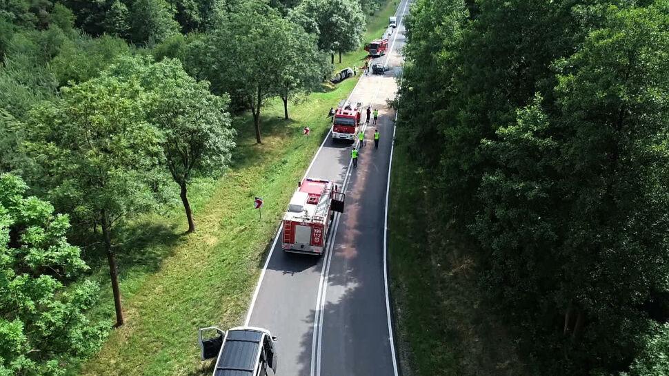 Policja apeluje o ostrożność na drogach, przedstawiając mapę wypadków śmiertelnych
