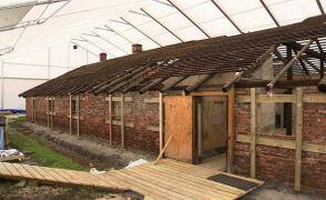 Zajmują się każdym, najmniejszym nawet elementem konstrukcji. Rozpoczęto prace konserwatorskie w Auschwitz