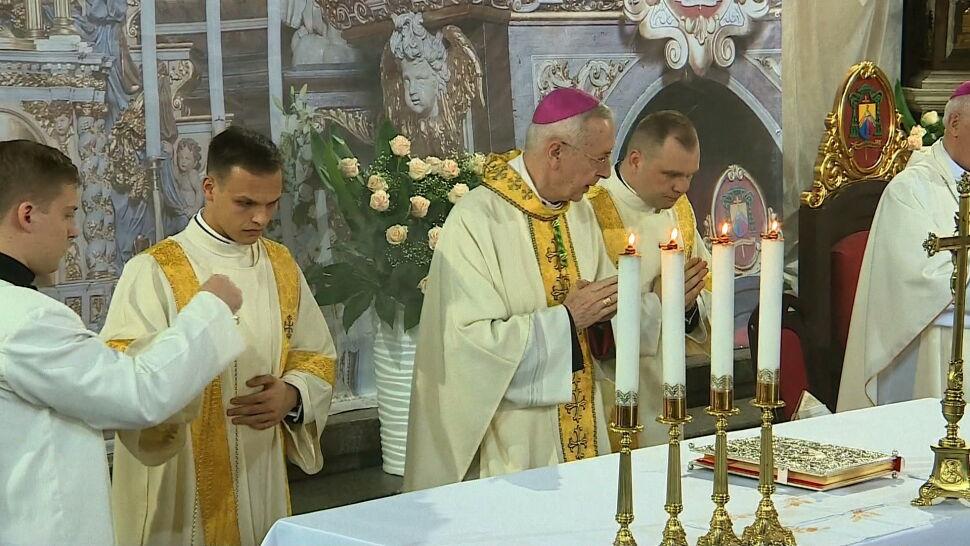 Prokuratura rozważa przeszukanie poznańskiej kurii. Chodzi o księdza pedofila