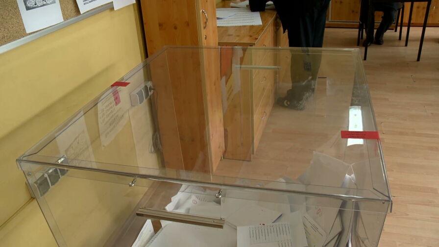 Polacy masowo ruszyli do urn. Frekwencja przekroczyła 60 procent