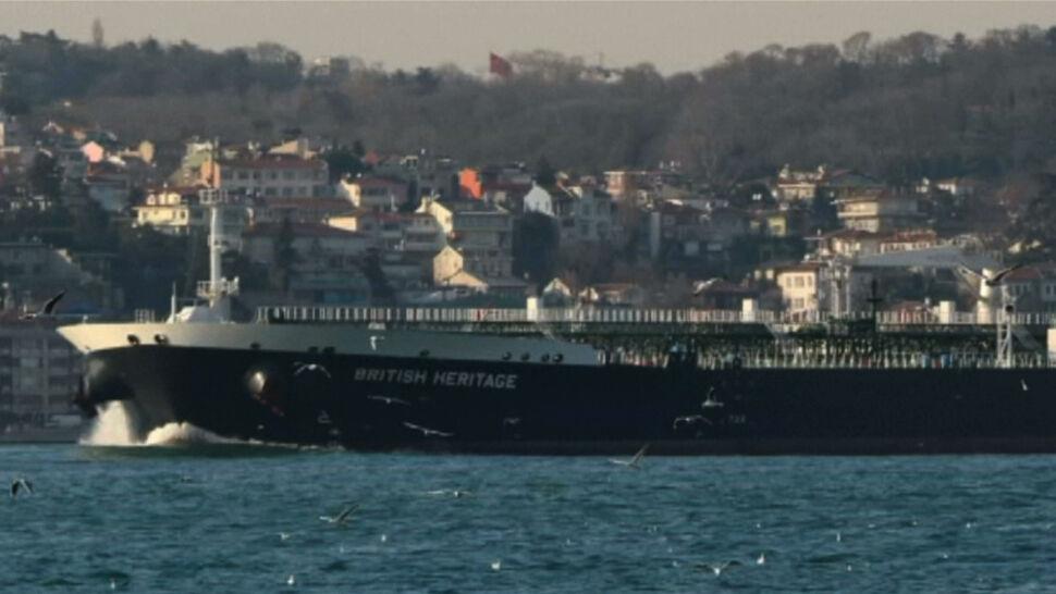 Wielka Brytania oskarżyła Iran o próbę zatrzymania tankowca na morzu