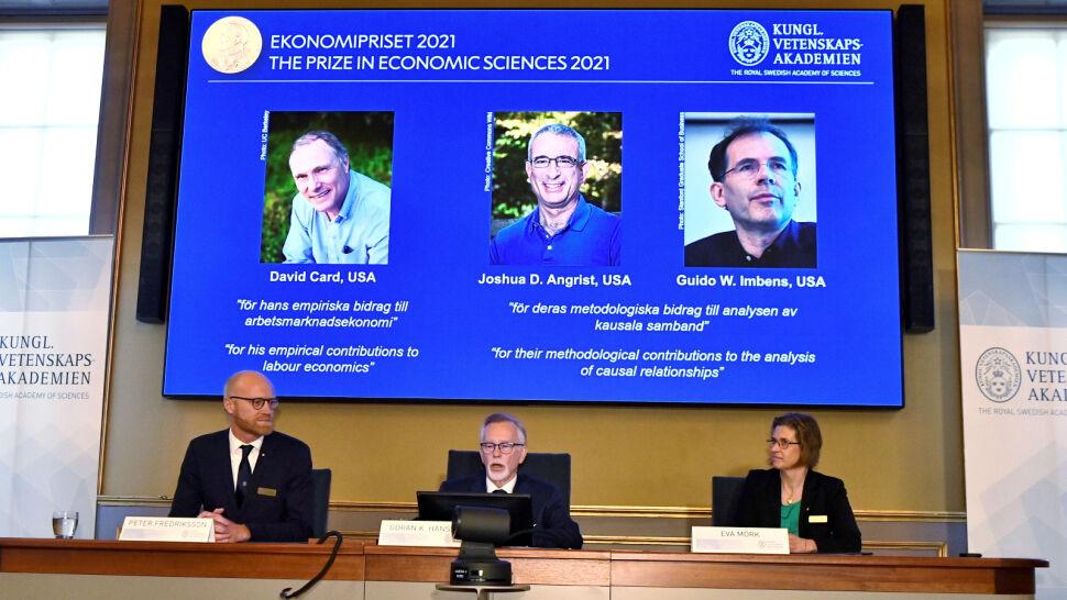 David Card, Joshua Angrist i Guido Imbens laureatami Nagrody Nobla z ekonomii