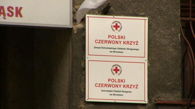 """W PCK brakuje 46 ton żywności. """"Część darów mogła być rozdawana w czasie kampanii wyborczej PiS"""""""