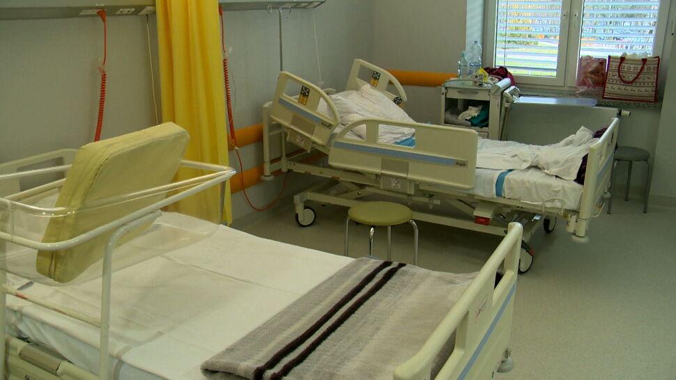 Puste łóżka i puste korytarze. Porodówka w Białymstoku nie przyjmuje ciężarnych