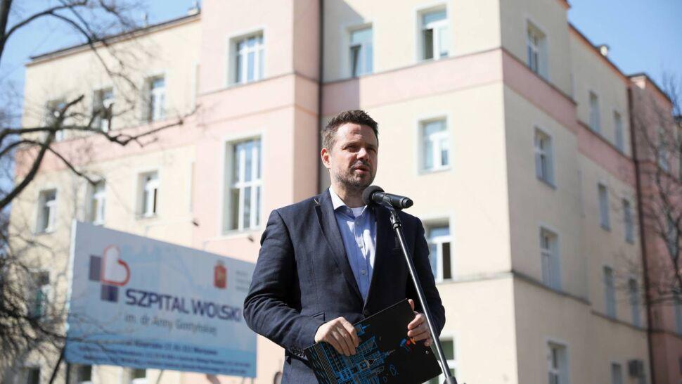 Prezydent Warszawy pyta o rozbieżności w statystykach zgonów. Zagmatwane wyjaśnienia resortu