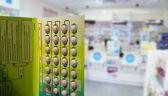 """""""Klauzula sumienia"""" w aptekach - niektóre nie sprzedają antykoncepcji. Czy to legalne?"""