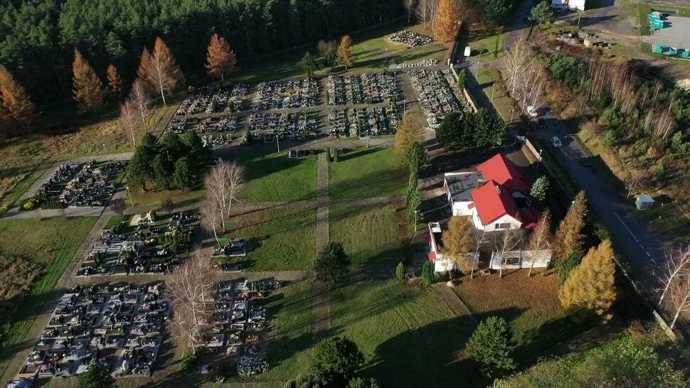 """Kwarantanna na cmentarzu? """"Nie wiem, ile osób pan burmistrz znalazł na to miejsce"""""""