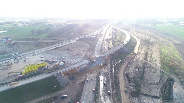 17.01.2020 | A1 koło Piotrkowa Trybunalskiego zamknięta na weekend. Sześć wiaduktów do wyburzenia