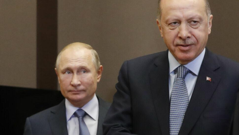 Prezydent Turcji poleciał do Moskwy, by omówić kwestię interwencji w Syrii