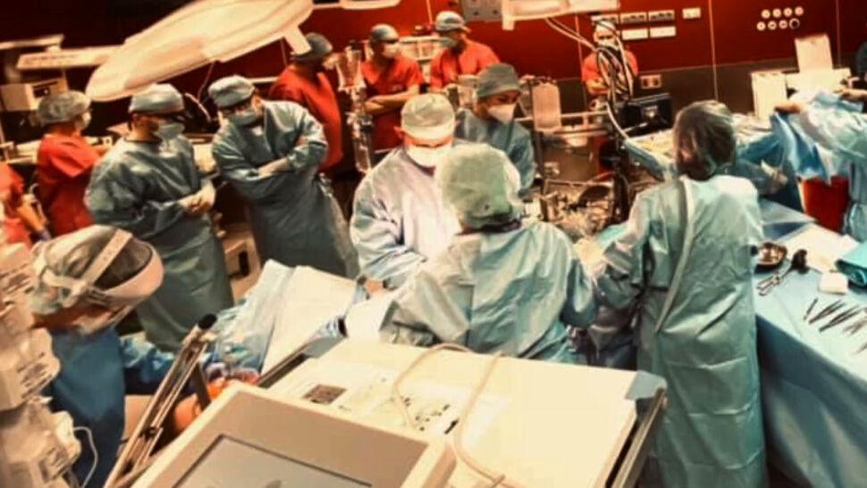 Cesarskie cięcie, zaraz potem operacja na otwartym sercu. Życie kobiety i dziecka uratowane
