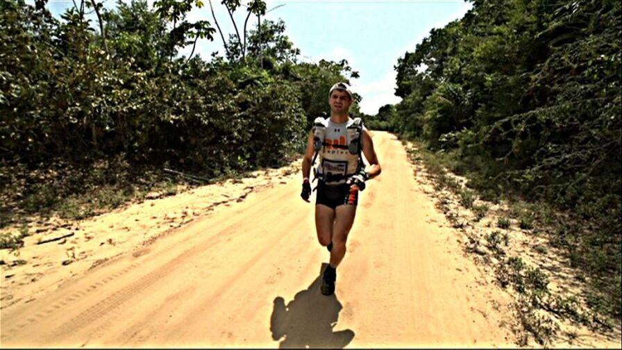 Pierwszy Polak ukończył Jungle Marathon