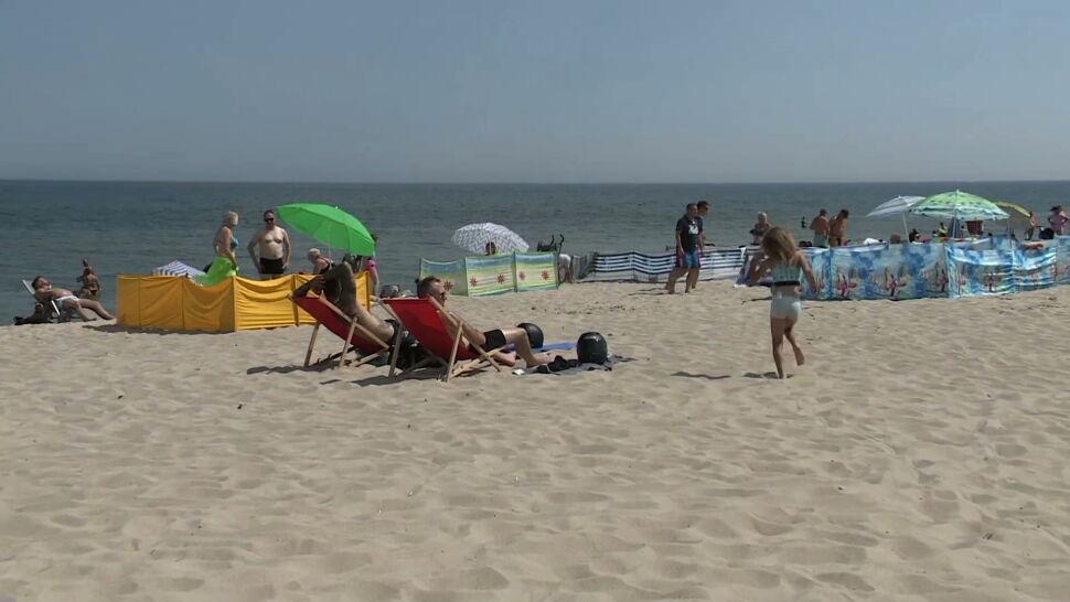 Plaże nad Bałtykiem zapełniły się tłumem turystów