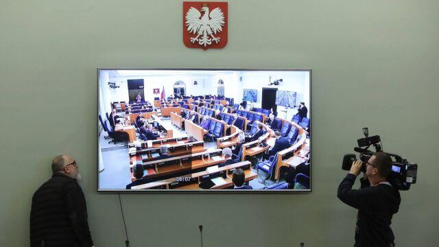 30.03.2020 | Pakiet antykryzysowy w Senacie. Opozycja zapowiada zmiany